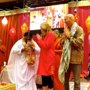 Amma was presented with a Golden Goody Award by Goody Awards Founder Liz H Kelly & Planet Love Project Founder Jiah Miesel